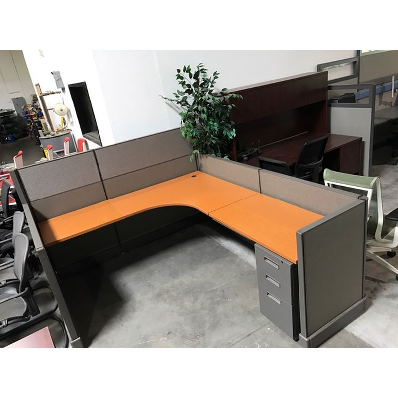 Herman Miller AO2 workstation