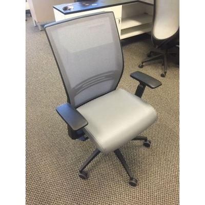 Sit On It Amplify task chair