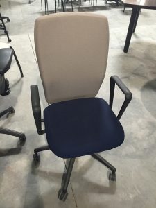 Knoll used loop arm chair